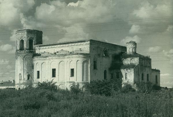 Церковь Никиты Мученика, вид с северо-востока. Фотография 1948 года из собрания Новгородского музея-заповедника