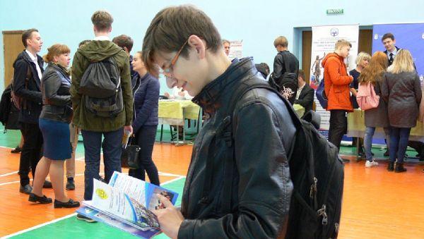 По информации администрации Великого Новгорода, число посетителей ярмарки ежегодно составляет более 5 000 человек