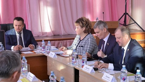 Андрей Никитин: «Потребностей у Маловишерского района много, но сейчас в приоритете — детский сад и школа»