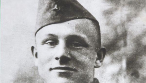 Григорий Гайченя покоится на кладбище в Кречевицах, которые освобождал. В свои 23 года он был майором