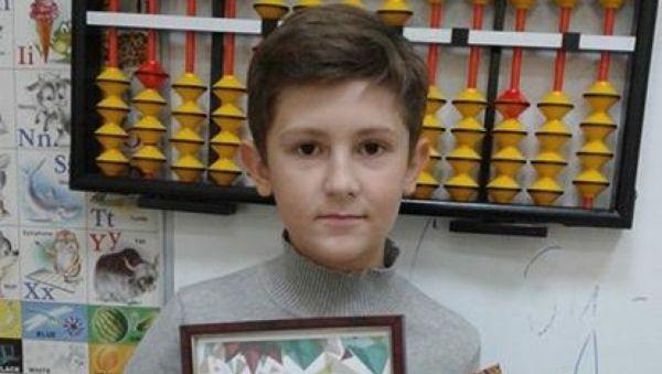 Максим Петров стал победителем I Международного онлайн-чемпионата