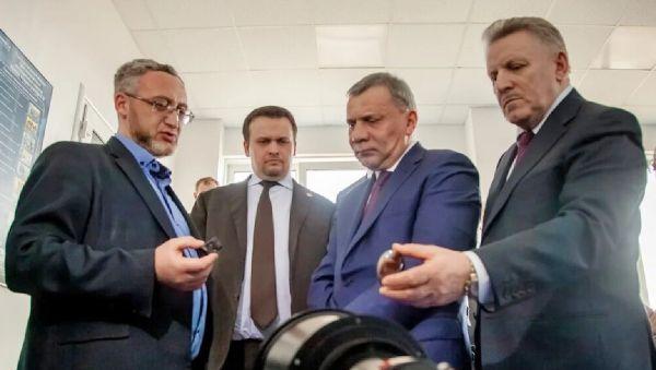 При поддержке правительства страны новгородские предприятия ОПК будут увеличивать объёмы выпускаемой продукции