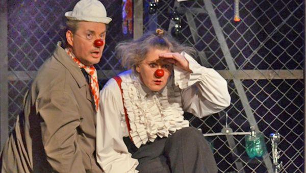 Трагедия Шекспира и клоуны: быть или не быть? Быть!