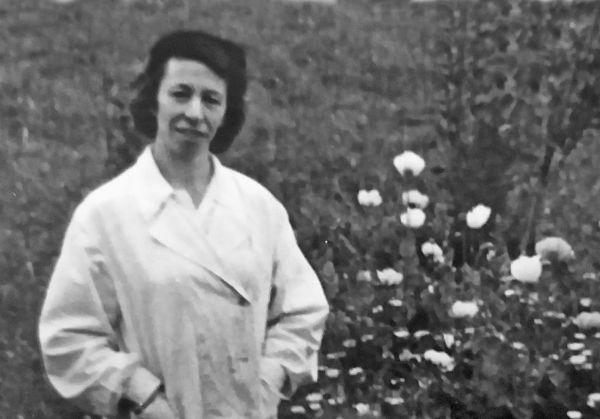 Мира Калманович, заведующая детским садом. 1950 год
