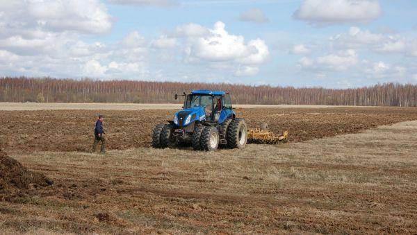 Истинные хозяева обрабатывают свою землю, а к тем, кто не хочет её засевать, принимаются меры воздействия