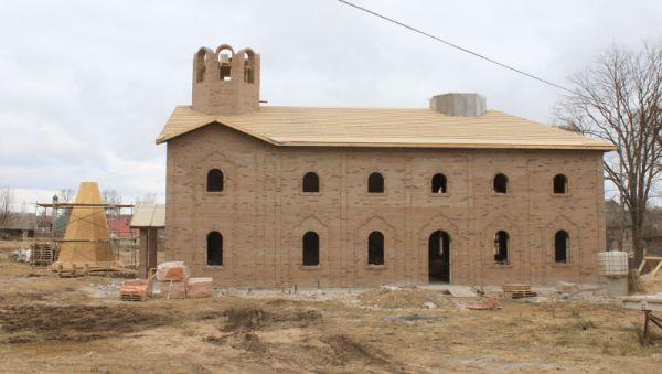 В новом храме будет место не только для богослужений. Здесь разместят и учебные классы, и трапезную, и мастерскую...