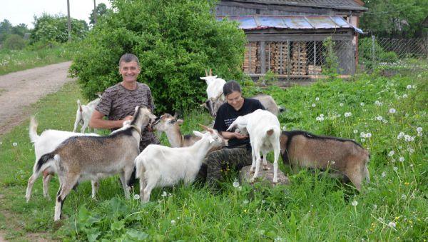 Владимир и Инна Грода рады переезду в деревню