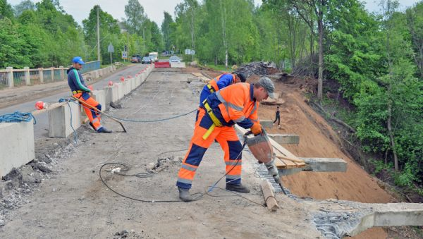Работы на мосту должны завершиться к концу текущего года