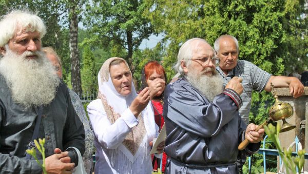 Литва, Турмантас. Ещё жива молитва старовера