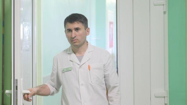 По заверению Арсена Амирбекова, ситуация с плановыми и экстренными больными лор-отделения под контролем
