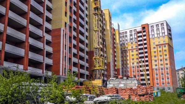 Уже начатое строительство домов будет завершено по старой схеме с участием денег дольщиков