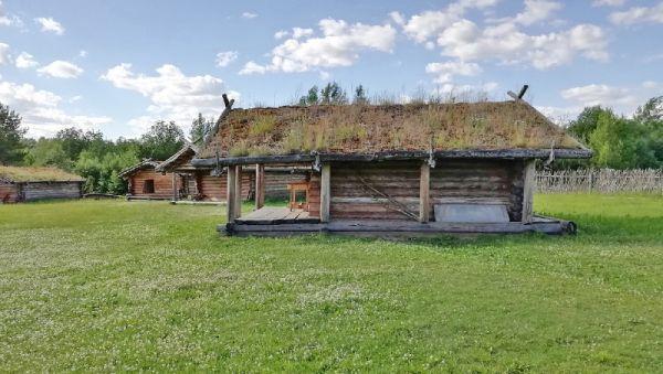 Музей под открытым небом в Любытине воссоздаёт славянское поселение раннего Средневековья