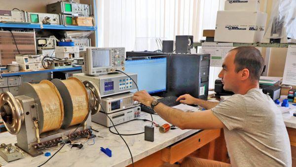 Виктор Леонтьев намерен организовать производство датчиков тока