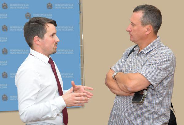 Живой разговор, обмен мнениями и намерение сотрудничать стало предметом разговора между Олегом Бондаревым и Николаем Проценко