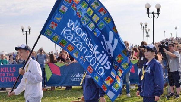 Эстафета передачи флага WorldSkills началась в 2017 году, и за это время флаг успел посетить Международную космическую станцию, 20 стран мира, 24 субъекта РФ. И 27 августа 2019 года он будет официально передан следующей стране-организатору Китаю