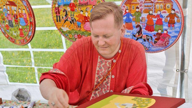В Новгородской области поддерживается традиционная культура. Об этом говорит тот факт, что во всех районах есть дома народного творчества