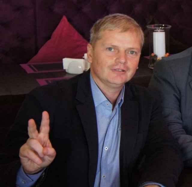 Депутат Андрей Ломанов