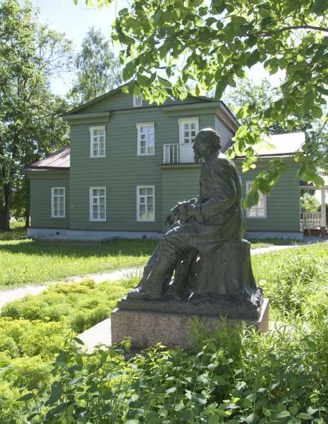 В музее надеются, что благоустройство усадьбы будет завершено к юбилею Некрасова