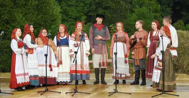 В этом году «Круговина» отметит своё 15-летие большим концертом — скорее всего, в конце года.