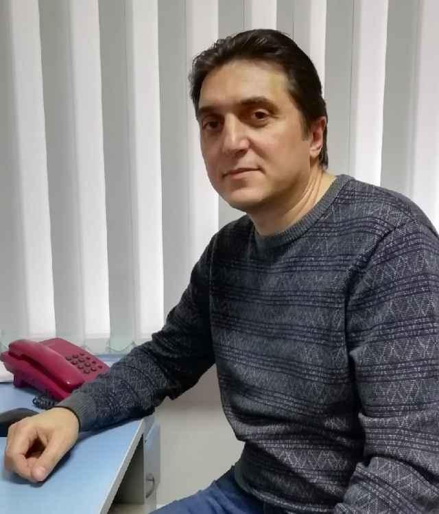 Алексей Гаврилов — автор дизайн-проекта «Точка кипения» в театре драмы имени Достоевского. В его создании ему помогали пять студенток кафедры.