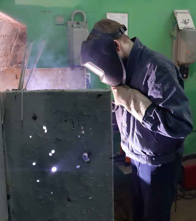 Сейчас в техникуме по направлению «Мастер общестроительных работ» всего обучаются 67 человек, из которых 13 — девушки.