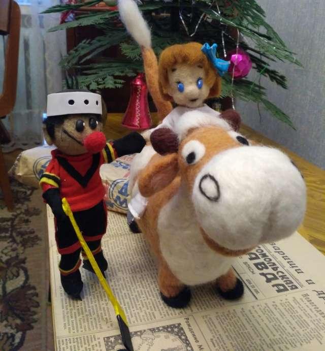 Накануне Нового года в детском уголке Киномузея появился новый симпатичный персонаж — телёнок Гаврюша из мультфильма «Каникулы в Простоквашино».