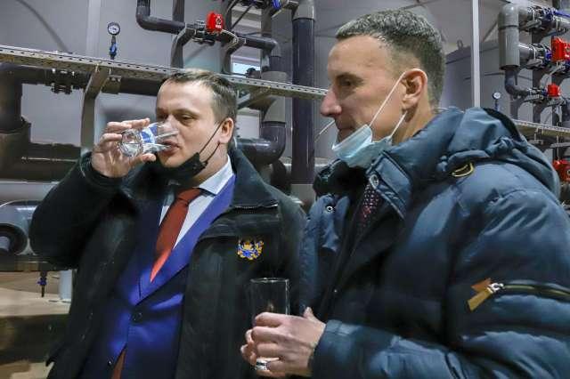 По мнению губернатора Андрея Никитина, запуск станции — это только часть работы в Старорусском районе по улучшению качества питьевой воды.