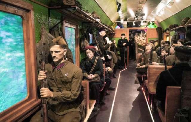 В течение трёх дней, до 19 февраля, новгородцы могут пройтись по «Поезду Победы».