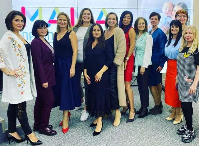 Умение работать в условиях многозадачности, обаяние позволяют женщинам громко заявить о себе в бизнесе.