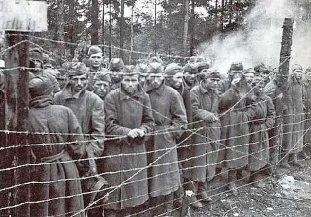 С июля 1941-го до весны 1942 года в немецком плену было замучено, умерло от голода и болезней, расстреляно от 1,5 до 2 миллионов солдат и офицеров Красной Армии.