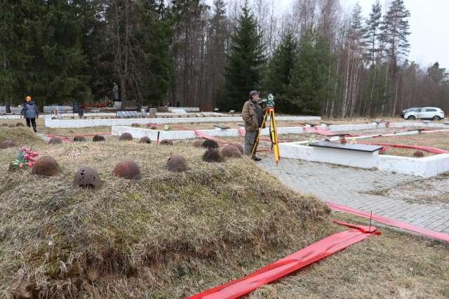 Ясная Поляна. В этом году будет разработан проект реконструкции  мемориала.
