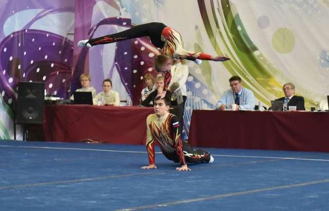 В этом сезоне Влад и Самир успели завоевать три золота на первенстве России и стали вторыми на Кубке страны.