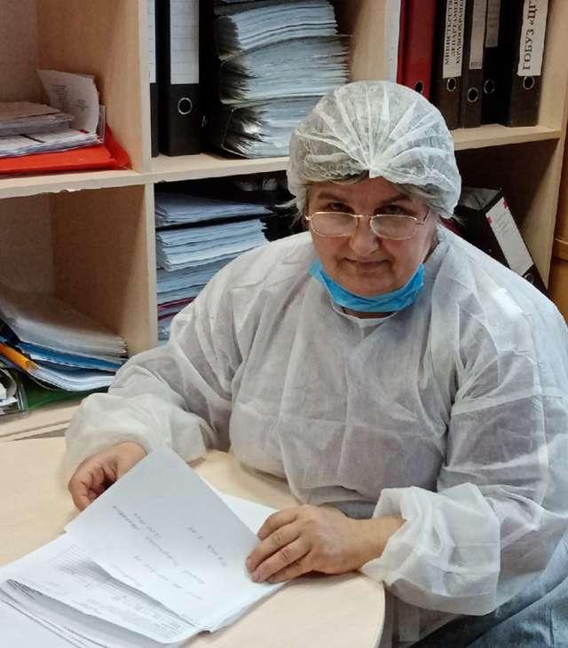 Нина Корныльева: «Пандемия изменила привычный ход деятельности инфекционного кабинета. Но убеждена, что коронавирусную инфекцию, как и многие другие, нам удастся обуздать...».