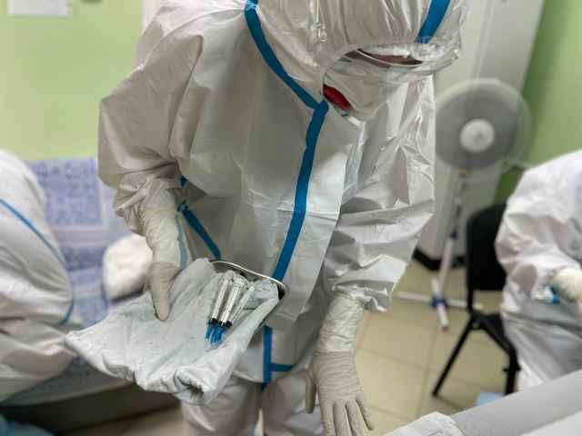 Если население не вакцинируется, то прогноз по распространению коронавируса будет самым неблагоприятным.