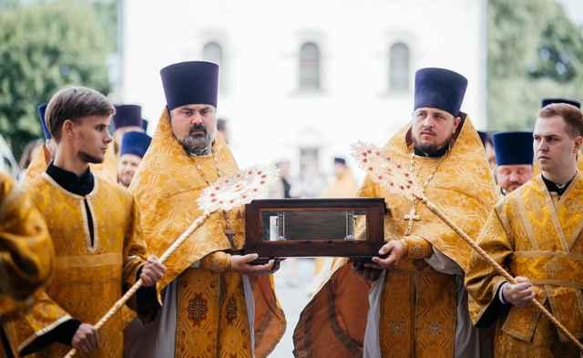 Крестный ход с мощами святого благоверного великого князя Александра Невского по благословению патриарха Кирилла прошёл по территории Новгородской митрополии с 20 по 25 июля.