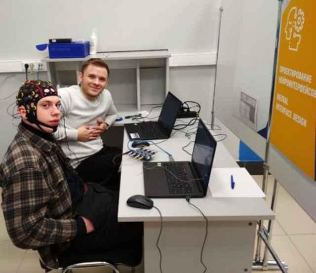 Проект по разработке портативного устройства «Стресс-гаджет» Егора Земнухова стал победителем программы «УМНИК-Нейронет».