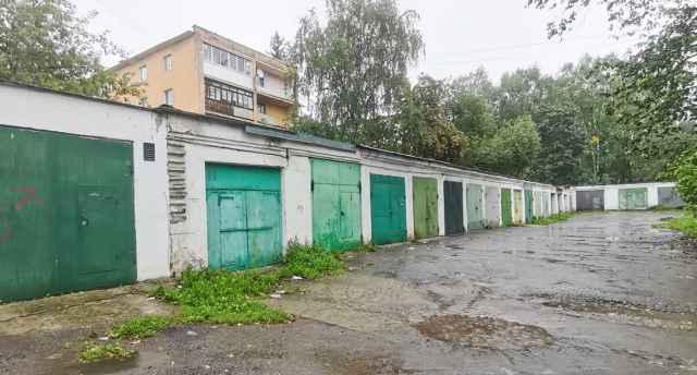 С 1 сентября в региональном управлении Росреестра в Великом Новгороде стартует бесплатная консультационная линия, посвящённая теме гаражной амнистии