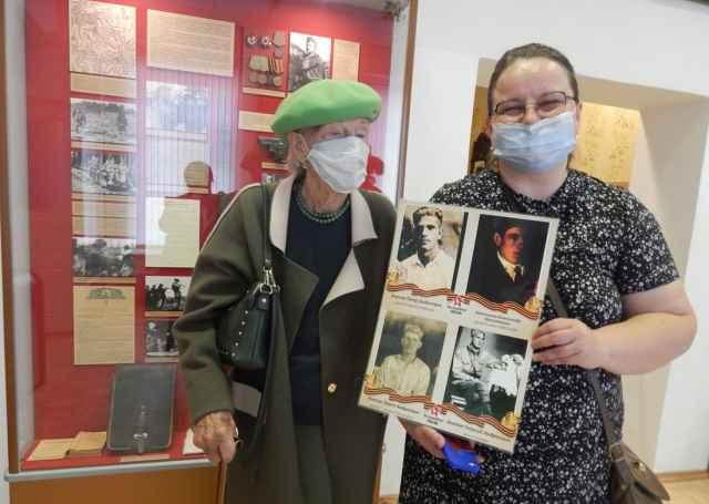 Ливия Звонникова и Анна Калин в Музее Северо-Западного фронта.