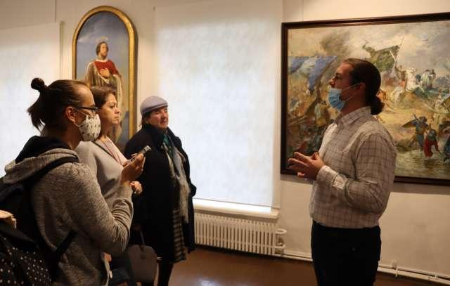 О шедеврах из первых уст, о выставке рассказывает её куратор Иван Привалов.