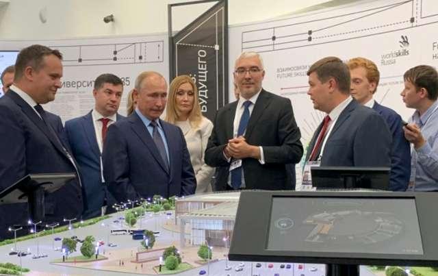 Более 250 млн рублей предполагают инвестировать в развитие инфраструктуры ИНТЦ «Валдай» организации и компании, которые готовы стать будущими резидентами Центра. Проектно-сметную документацию планируется подготовить к июню 2022 года.