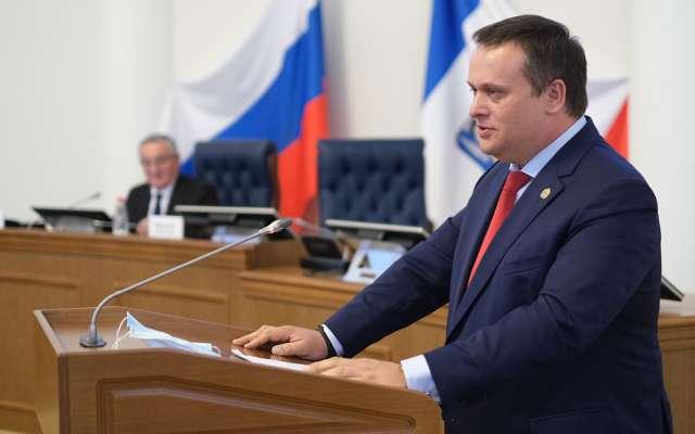 Поздравляя депутатов с получением мандатов, Андрей Никитин сказал, что теперь им совместно с правительством региона нужно приступать к реализации сформированной в ходе предвыборной кампании «Народной программы».