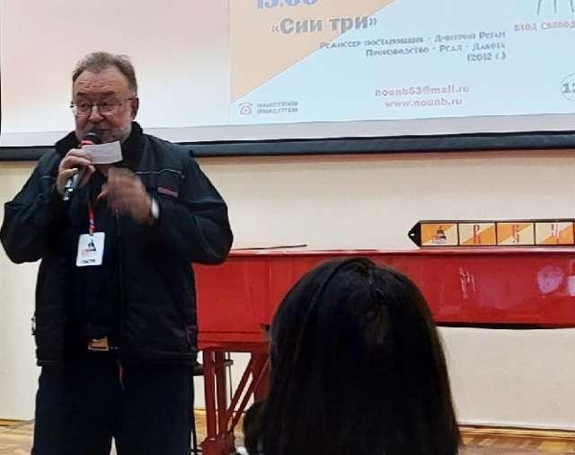 Член Союза кинематографистов РФ Валерий Шатин убеждён, что кинохроника, не важно – профессиональная или любительская, необходима и найдёт своего зрителя.