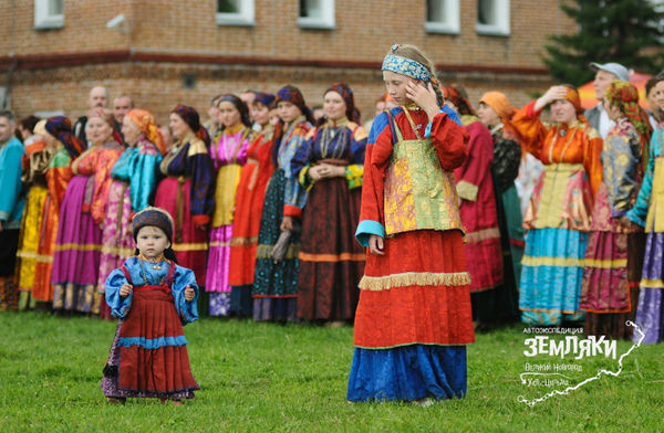 Костюмы, как и песенные традиции, передаются в семьях устьцилёмов из поколения в поколение