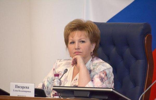 Елена Писарева выразила надежду, что вновь выбранный секретарь регионального отделения «Единой России» сможет успешно решать задачи, которые ставят жители Новгородской области и партия