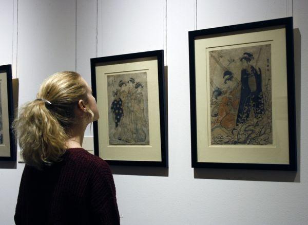 На выставке представлено около 70 произведений графики