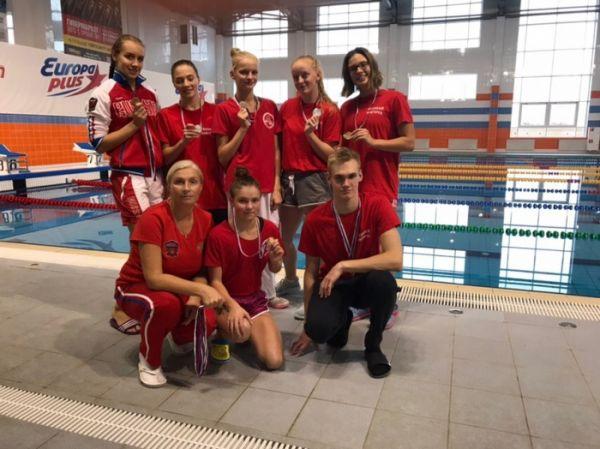 Представители новгородской спортшколы олимпийского резерва №1 выступали на состязаниях под руководством тренера Елены Ивановой