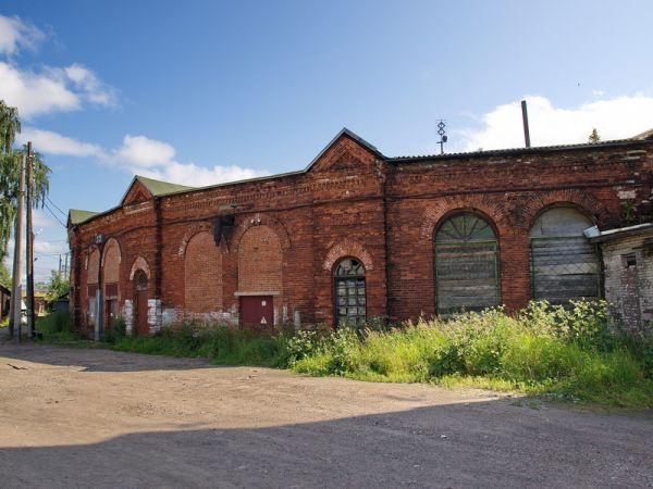 «Рерих-центр» предполагалось разместить в здании железнодорожного депо, построенного в XIX веке.