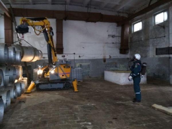 Ёмкости с хлором хранились на территории одного из муниципальных предприятий в Старой Руссе более 20 лет.