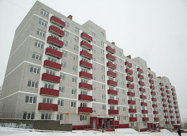 На заседании областной Думы депутаты будут решать, сколько квартир в МКД можно отдавать детям-сиротам
