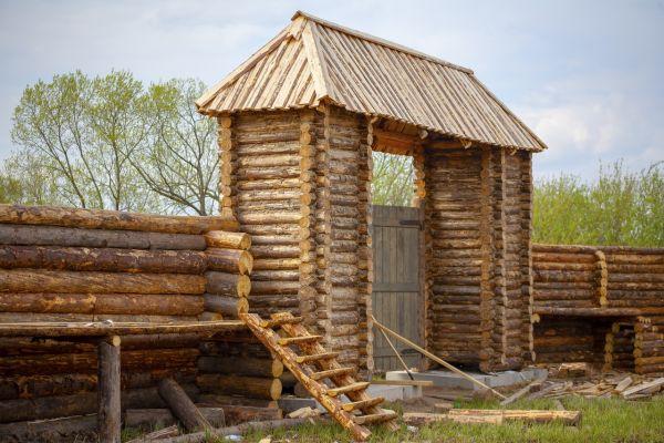Сразу после того, как деревня викингов приобретёт завершённый вид и в ней пройдут съёмки, парк «Рюриково городище» откроется для посетителей